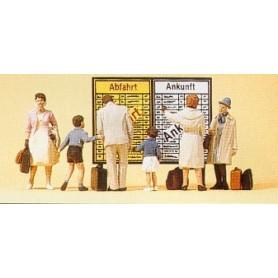Preiser 10417 Resande på perrongen, med väskor, 5 st med tillbehör