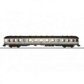 """Märklin 58437 Personvagn 1/2:a klass typ ABnb 703 """"Silver Coin"""" """"Vädrad"""""""