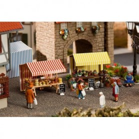 Faller 180614 Marknadsstånd för blommor och ost