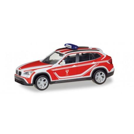 """Herpa 093552 BMW X1 commando vehicle """"Feuerwehr Landshut"""""""