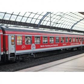 """Trix 15711 Personvagnsset med 3 vagnar """"Berlin - Hamburg Express"""""""