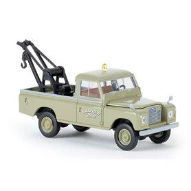 """Land Rover 109 """"Hillsview Motors"""" """"Von Starmada"""""""