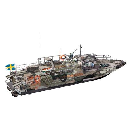 "Stridsbåt 90 ""Sweden CB-90 Assault Craft med svenska dekaler"
