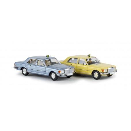 Brekina 13161 Mercedes Benz 450 SEL 'Taxa', blå