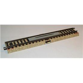 Märklin 3601D1/1.1 Funktionsskena rak 18 cm, detta är för järnvägsövergångar