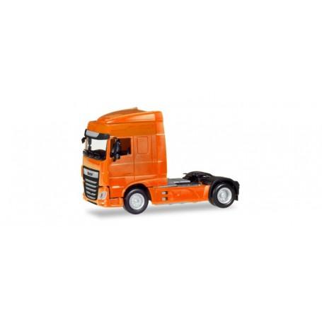 Herpa 309066 DAF XF Euro 6 SC rigid tractor facelift, orange