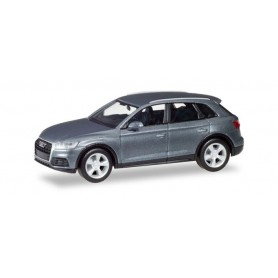 Herpa 038621-002 Audi Q5, monsoon gray metallic