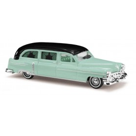 Busch 43467 Cadillac '52 Station Wagon 'Begravningsbil', OBS silvermetallic