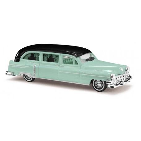 Busch 43467 Cadillac '52 Station Wagon 'Begravningsbil'