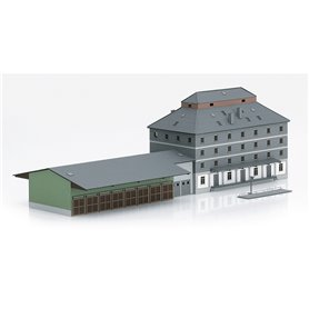 "Trix 66324 Warehouse with market ""Raiffeisen"""