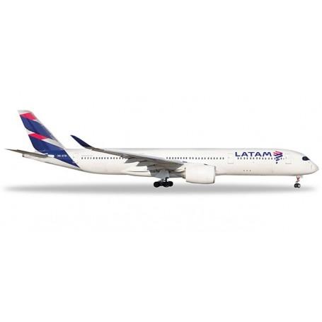 Herpa 532754 Flygplan LATAM Brasil Airbus A350-900