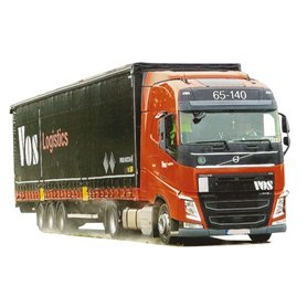 "AMW 53780 Bil & Trailer Volvo ""12"" Globetrotter Aero Bigmaxx ""Vos Logistics"""