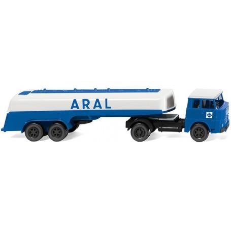 Wiking 80698 Tanker truck (Henschel HS 14 16) 'Aral'