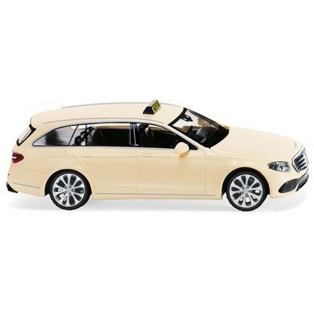 Wiking 22708 Mercedes Benz E-Class S213 'Taxi'