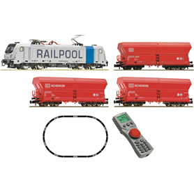 Fleischmann 931888 Digital Starter Set: Electric locomotive class 187, Railpool, and with self-unloading hopper wagons DB AG