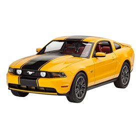 "Revell 67046 Model Set Ford Mustang GT 2010 ""Gift Set"""