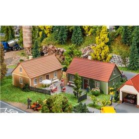 Faller 130607 2 Village houses