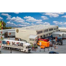 Faller 130785 UPS Logistics hall