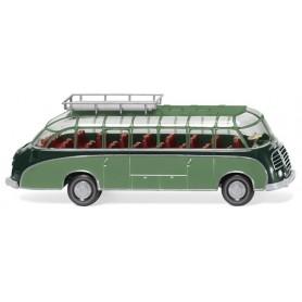 Wiking 73002 Tour bus (Setra S8) - green