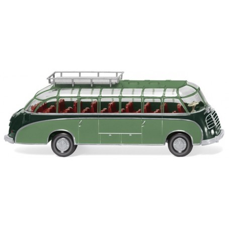 Wiking 73002 Tour bus (Setra S8) - green