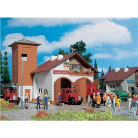 Vollmer 43761 Fire station 112, two track