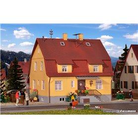 Kibri 38160 Bostadshus med källare