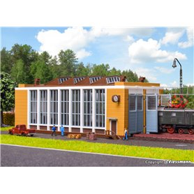 Vollmer 47605 E-loco shed with automatic door lock mechanism, double track
