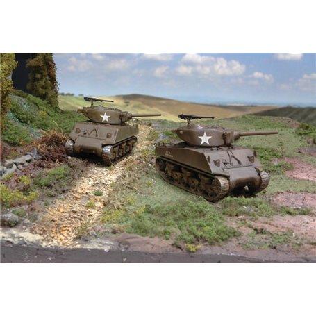 Italeri 7520 Tanks M4A3E2, 2 st