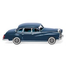 Wiking 15001 Mercedes-Benz 300 ? green-blue