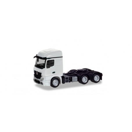 Herpa 309905 Mercedes-Benz Actros Streamspace 2.3 trailer 3-axle, white