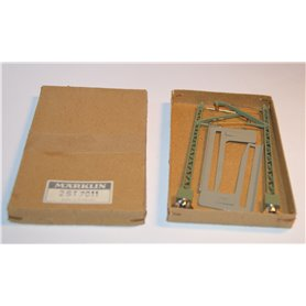Märklin 7011 Luftledningsstolpe för metallbro, nya i originalkartong, säljes i 2-pack