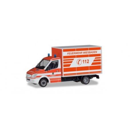Herpa 094511 Mercedes-Benz Sprinter Koffer 'Wiesbaden fire department'