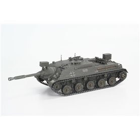 Revell 03276 Tanks Kanonenjagdpanzer + Observation Version (BeobPz)
