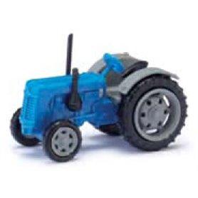 Busch 211006713 Traktor Famulus, blå/grå med gråa fälgar