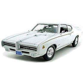 Motormax 73133 Pontiac GTO Judge 1969, vit