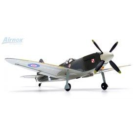 Airnox 10200 Flygplan Airnox UMS Spitfire RTF 4ch med 3AXG Gyro 2.4GHz Ready-To-Fly