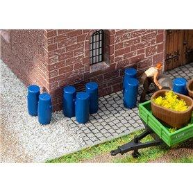 Faller 180970 9 Plastic barrels