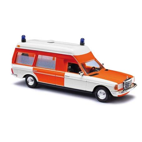 """Busch 52201 Mercedes VF 123 Miesen """"Feuerwehr"""""""