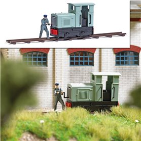 Busch 7849 Narrow Gauge Locomotive with Locomotive Engineer