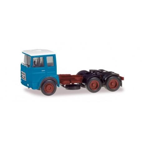 Herpa 310567 Roman Diesel 6×4 rigid tractor, light blue   white roof