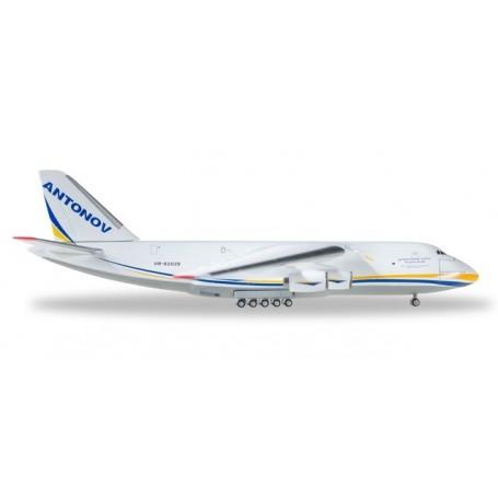Herpa Wings 526777-002 Flygplan Antonov Airlines Antonov AN-124