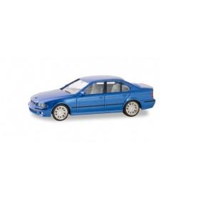 Herpa 032643-002 BMW M5, Montecarlo blue metallic