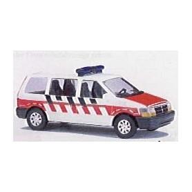 """Busch 44606 Chrysler Voyager """"Feuerwehr Belgium"""""""