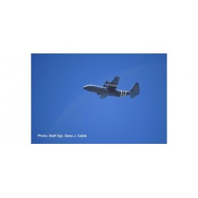 Herpa 570541 Flygplan U.S. Air Force Lockheed Martin C-130J-30 Super Hercules - 62nd Airlift Squadron, 314th Airlift Wing, Li...