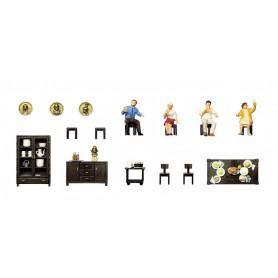 Preiser 10657 Lunch, 4 figurer och tillbehör