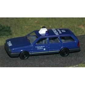 "Busch 48106 VW Passat ""THW"""