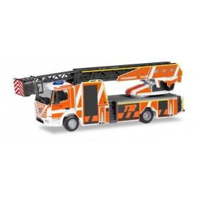 Herpa 095075 Mercedes-Benz Atego Rosenbauer turntable ladder 'Fire brigade Fulda'