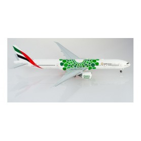 Herpa Wings 570664 Flygplan Emirates Boeing 777-300ER Expo 2020 Dubai 'Sustainability