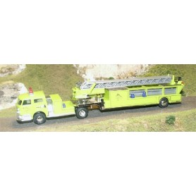"Busch 46003 American LaFrance ""Ladder Co. No. 7"""