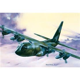 Italeri 015 Flygplan C-130 Hercules E/H